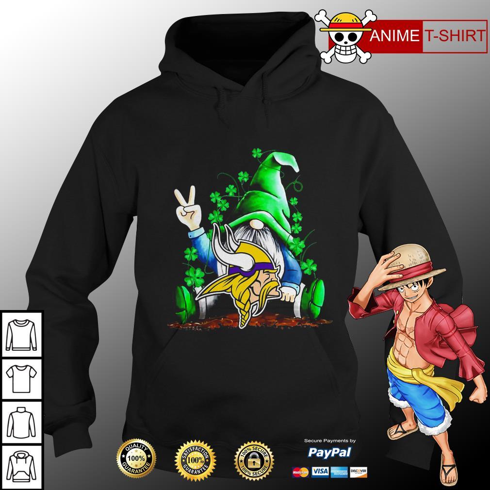 Gnomes Lucky St Patrick's Day Hug Minnesota Vikings hoodie