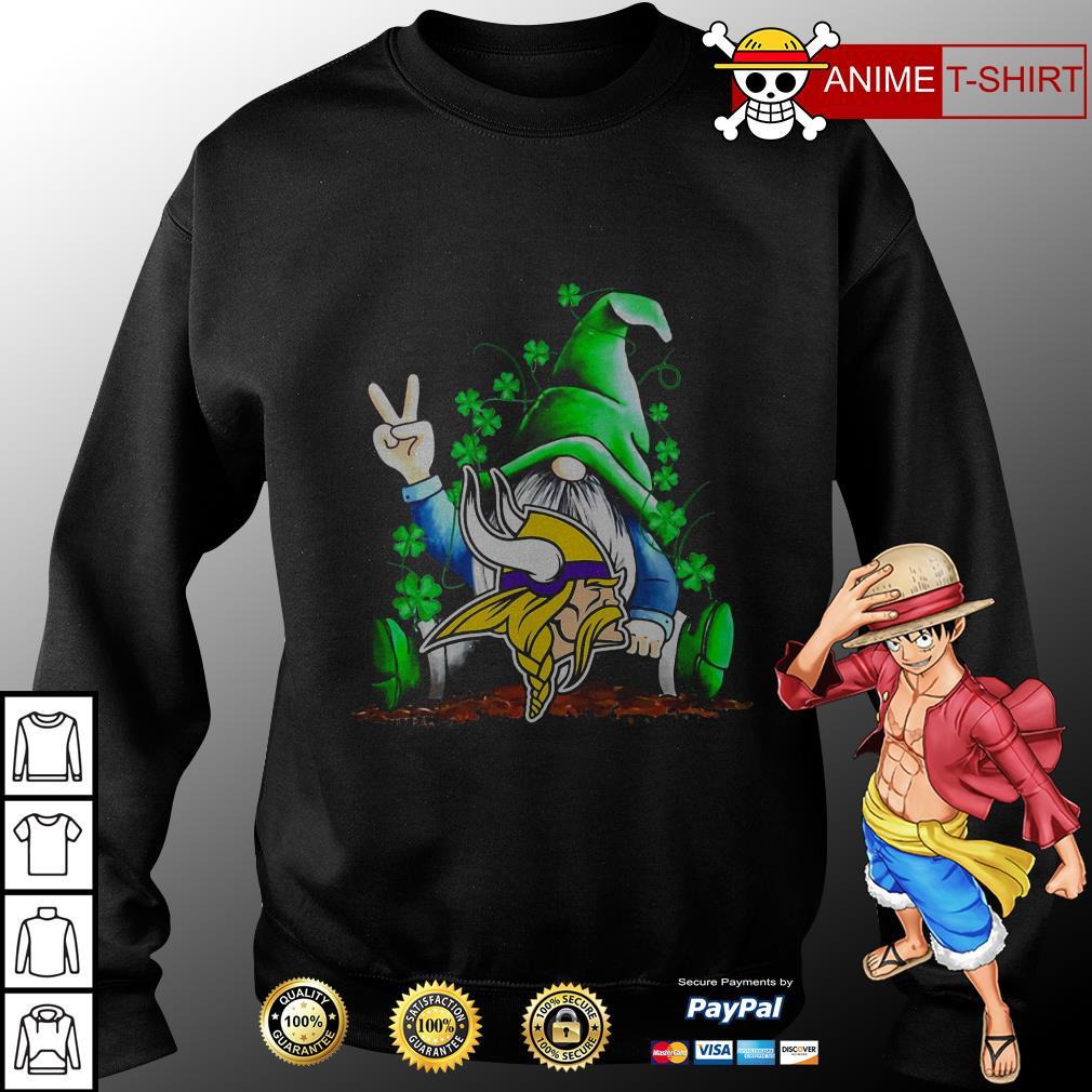 Gnomes Lucky St Patrick's Day Hug Minnesota Vikings sweater