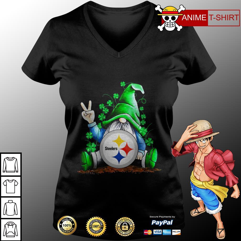 Gnomes Lucky St Patrick's Day Hug Steelers v-neck t-shirt